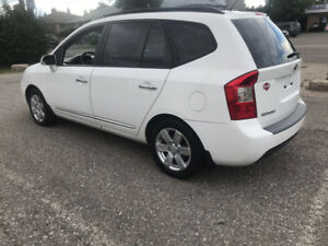 2008 Kia Rondo Certified 162000km Clean inside out No Issues