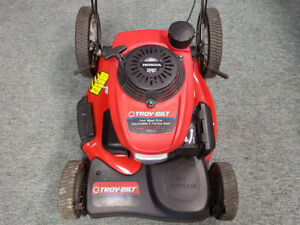 Troy-Bilt Honda Self Propelled Lawn Mower