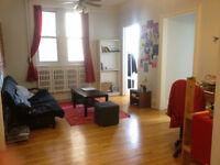 Great 4½ (2 bedrooms) on Côte-des-Neiges, July 1st