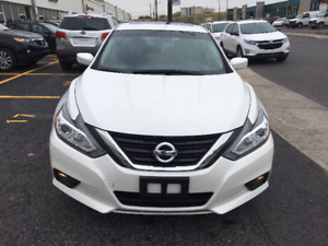 2017 Nissan Altima 2,5 SV TECH * TOIT * MAGS *
