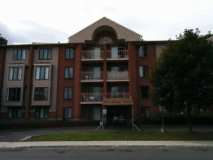 Beautiful 3 1/2 Condo for rent near St-Jean Blvd West Island