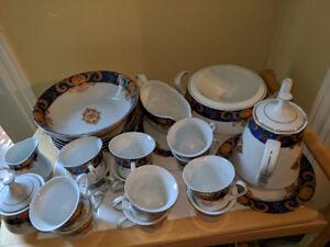 Pegasus Porcelain Dinnerware Set