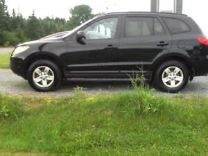 New Price - 2009 Hyundai Santa Fe - Great Condition - $4,299