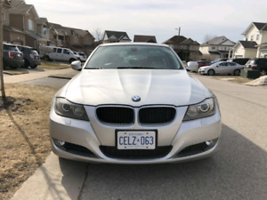 BMW 2009 AWD 335Xi, 2 sets of tires