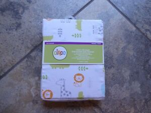 New! Circo fitted Crib Sheet