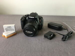 Canon EOS Rebel T4i DSLR with 18-55mm EF-S IS II Lens ** MINT **