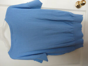 Women's Reitmans light blue half sleeve cable knit sweater Small London Ontario image 8