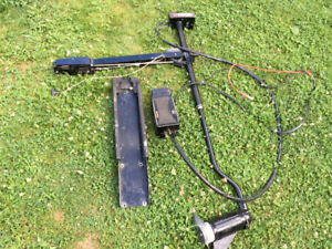 TRADE Bow mount Evinrude Trolling Motor