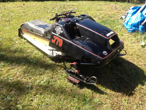 1980 Yamaha SRX 440 MOD sled with extra parts TRADES WELCOME