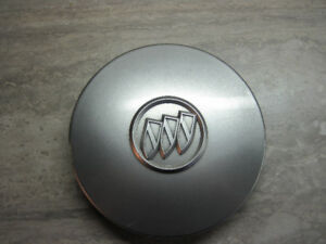 "04 05 Buick Century LeSabre 7"" Rim Center Cover"