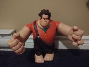 Wreck it ralph ( huge toy )