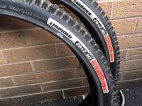 2 chunder bike tyres