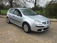 VW GOLF 1.4 2008 5 DOOR HATCH AIR CON FULL SERVICE HISTORY LOOKS AND DRIVES SUPERB NEW SHAPE.