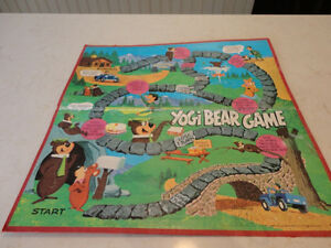 Vintage 1971 Yogi Bear Board Game Board No pieces just the board Kitchener / Waterloo Kitchener Area image 1