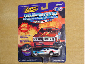 Assorted Johnny Lightning Dragsters USA diecast cars