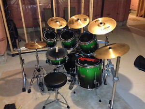 6 Pc. Pearl Drum Kit W/Double Pedal + Rack