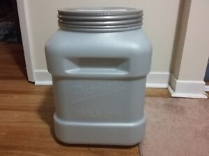 Large 13kg petmate dog food container