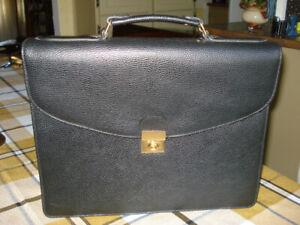 "Mallette de luxe "" ARTHUR & ASTON "", tout cuir ( Unisexe )"