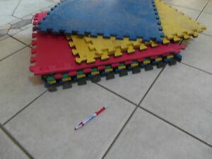 10 foam floor mats