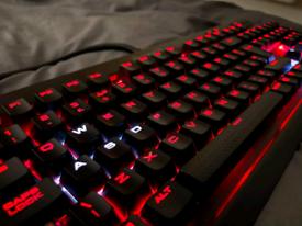 Corsair K70 LUX Mechanical Gaming Keyboard