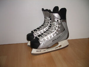 """"" BAUER 22 """" patins glace hockey skates for size 10 US men"
