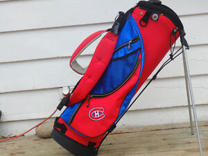HABS ..GOLF CARRY  BAG . DUAL CARRY STRAPS ,AND STAND