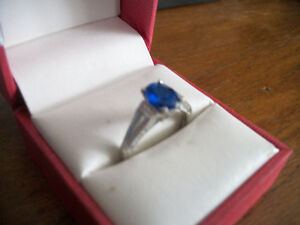 NEW STERLING SILVER SAPPHIRE RING