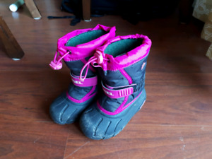 Sorel kid's boots size 9
