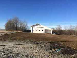 Shop and 1 acre yard for rent Stony Plain