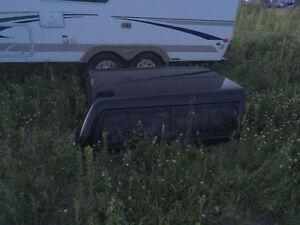 Dessus de boîte de camion Saguenay Saguenay-Lac-Saint-Jean image 1