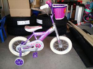 """Girls 12"""" Avigo Bike"""