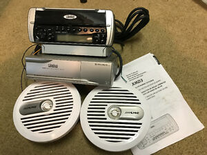 Clarion Marine stereo/CD player