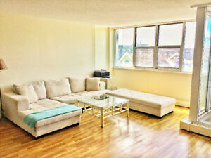 July 1! Renovated 2 Bedroom in Lemarchant Tower! 1 min from DAL