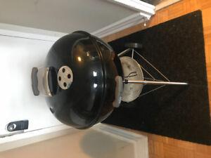 "Weber 22"" Original Kettle Charcoal Grill"