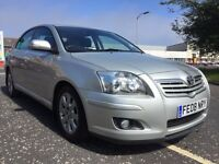 Toyota avensis excellent condition service history
