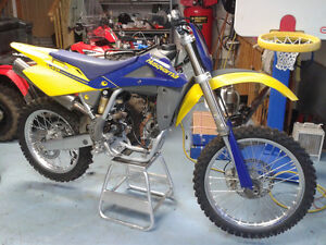 Super Clean 2005 Husqvarna TC250 Motor needs reassembly