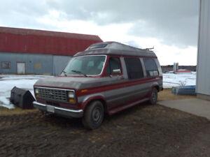 Ford E150 camper