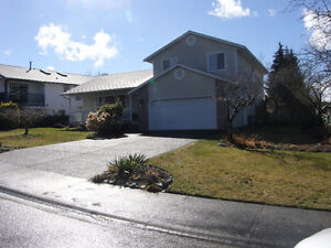 4 Bed/ 3 Bath Family Home in Comox- $558,900