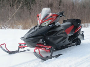 Yamaha Apex LTX Snowmobile
