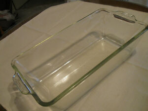 TWO OLD VINTAGE RECTANGULAR PYREX CLEAR GLASS LOAF PANS
