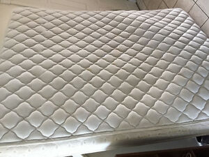 Queen size bed and box