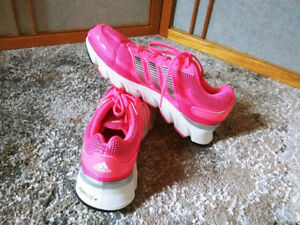 ADIDAS woman Sport shoes , size 6.5