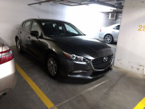 2018 Mazda 3 Sport GS, no accident one owner, 2 sets of wheels