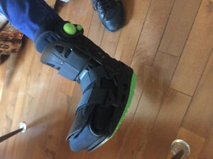 VERY gently used Aircast Orthopedic Boot (like new)
