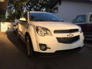 2010 Chevrolet Equinox 2LT - V6, Loaded!