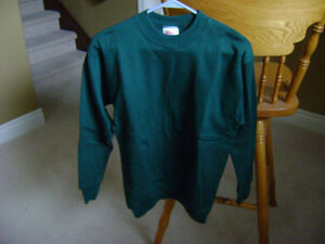 SWEATSHIRTS AND LONG SLEEVE SHIRTS Sarnia Sarnia Area image 1