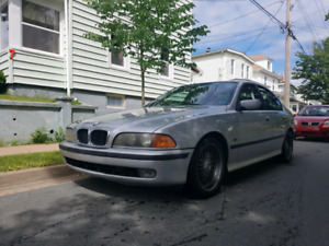 2000 BMW 528i 5 speed