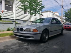 2000 BMW 528i 5 speed