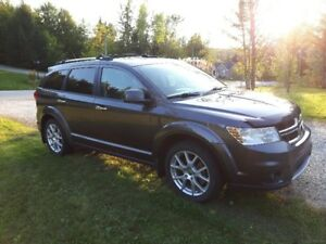 Dodge Journey R/T V6 AWD 4x4. DVD.  NAV. Garantie prolongée!