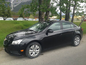 2013 Chevrolet Cruze LT Turbo Sedan. LOW KMS